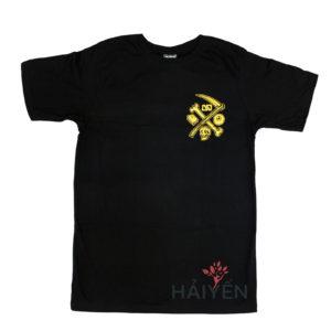 Áo thun OverDose Thái Lan màu đen in logo xương và lưỡi hái trên ngực trái nhũ vàng T0108
