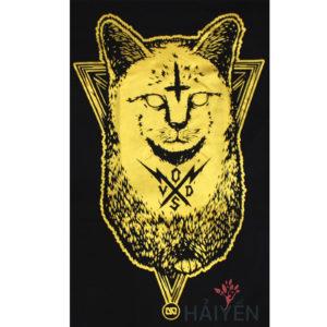 Logo Áo thun OverDose Thái Lan màu đen in hình con mèo khắc dấu trên trán nhũ vàng T0107