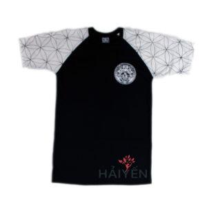 Áo thun OverDose Thái Lan màu đen phối tay áo màu trắng in họa tiết hoa T0058