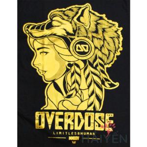 Logo Áo thun OverDose Thái Lan màu đen in cô gái thổ dân đội nón sói nhũ vàng T0076