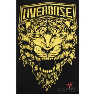 Logo Áo thun OverDose Thái Lan màu đen in mặt sư tử gầm nhũ vàng T0086
