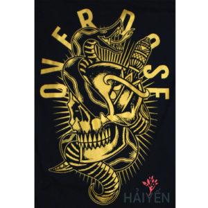 Logo Áo thun Thái Lan in 3D hình đầu sọ bị rắn quấn quanh cùng con dao găm nhũ vàng T0137