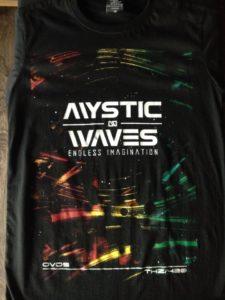 Áo thun Thái Lan màu đen in 3D chữ Mystic Waves trên nền sóng đỏ vàng xanh lá T0174